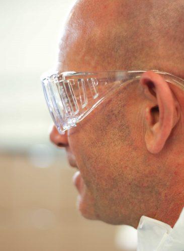 chem_safety_glass4