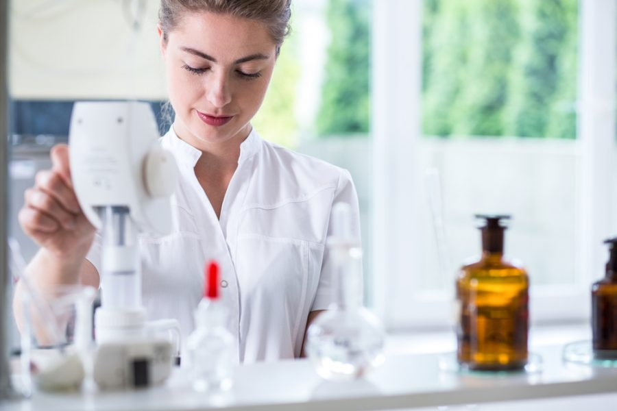 The best chemistry graduate schemes in the UK